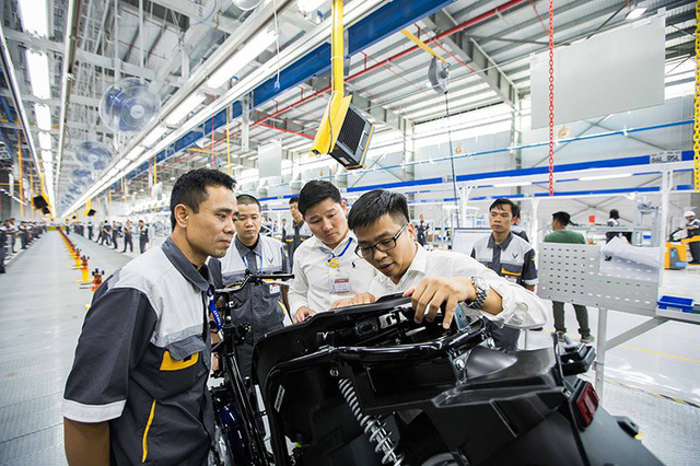 xe may dien vinfast - photo 1 15412958361192076334253 - VinFast tăng vốn đầu tư lên hơn 70.300 tỷ đồng, tham vọng sản xuất 1 triệu chiếc xe máy điện/năm