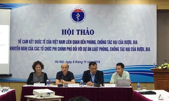 Việt Nam đang ở mức báo động với mức tiêu thụ rượu, bia - Ảnh 1.