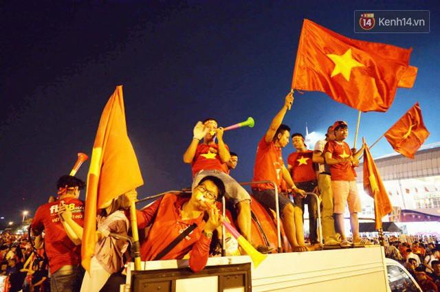Nhìn lại chặng đường 10 năm cảm xúc của người hâm mộ với 5 dấu mốc đáng nhớ của bóng đá nam Việt Nam - Ảnh 6.