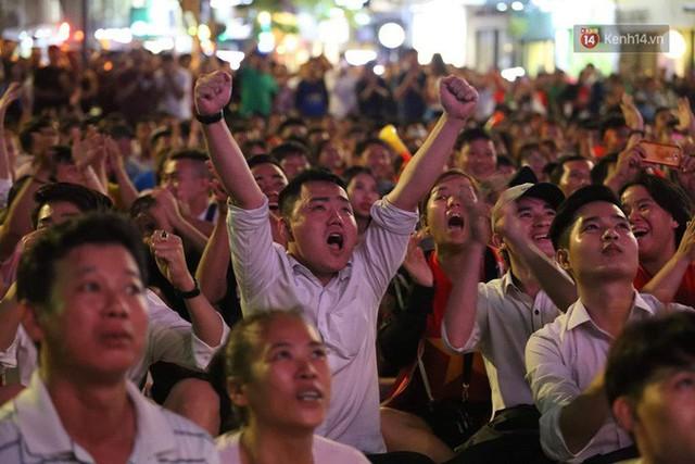 Nhìn lại chặng đường 10 năm cảm xúc của người hâm mộ với 5 dấu mốc đáng nhớ của bóng đá nam Việt Nam - Ảnh 7.