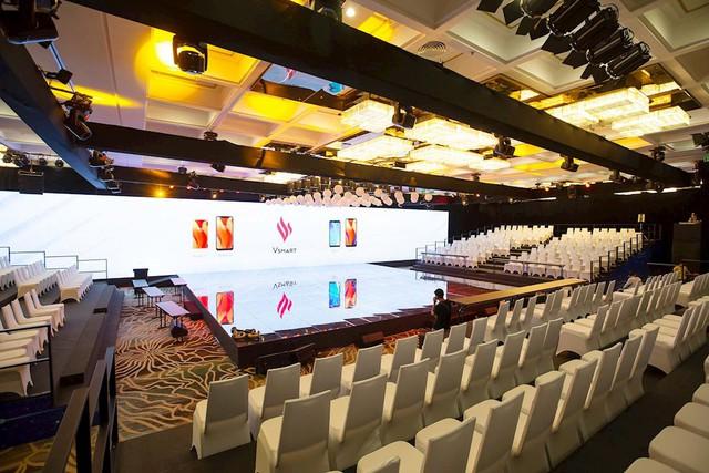 Điện thoại Vsmart ra mắt: Lộ sân khấu hoành tráng trước giờ G - Ảnh 6.