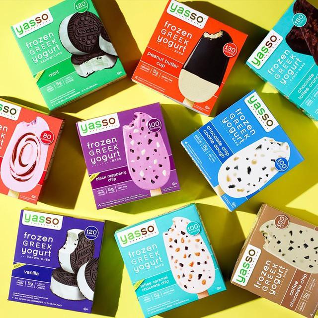 Hai doanh nhân trẻ tạo ra thương hiệu trị giá 100 triệu USD nhờ một chiếc que cắm vào hộp sữa chua - Ảnh 1.