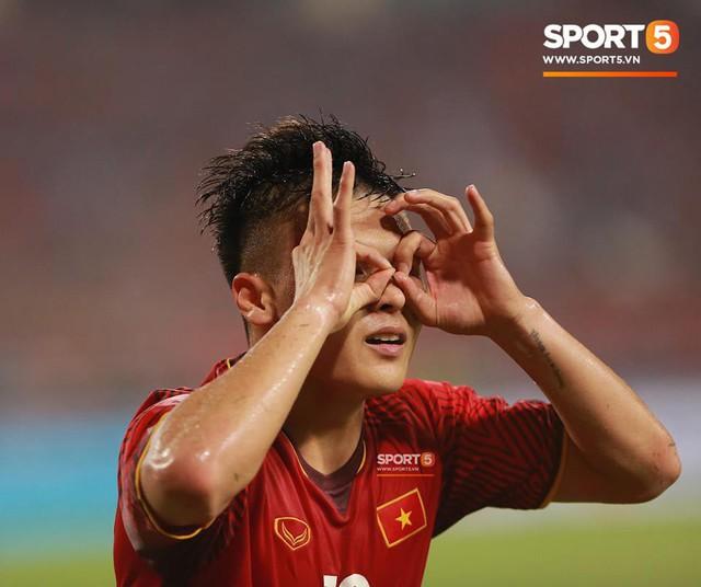 AFF Cup 2018 đã kết thúc, Việt Nam đã chiến thắng, và 10 khoảnh khắc đẹp nhất sẽ mãi lưu trong lòng người Việt - Ảnh 5.