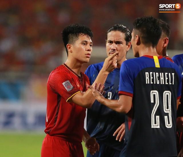 AFF Cup 2018 đã kết thúc, Việt Nam đã chiến thắng, và 10 khoảnh khắc đẹp nhất sẽ mãi lưu trong lòng người Việt - Ảnh 6.