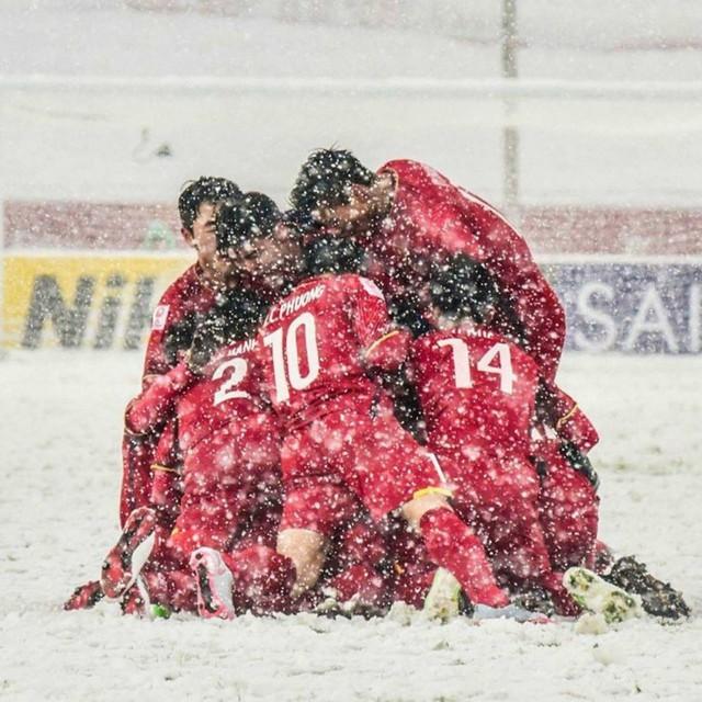 Đặng Văn Lâm - 20 năm cho một kỳ tích AFF Cup: Câu chuyện truyền cảm hứng đến người trẻ đang trên đường chinh phục ước mơ - Ảnh 9.