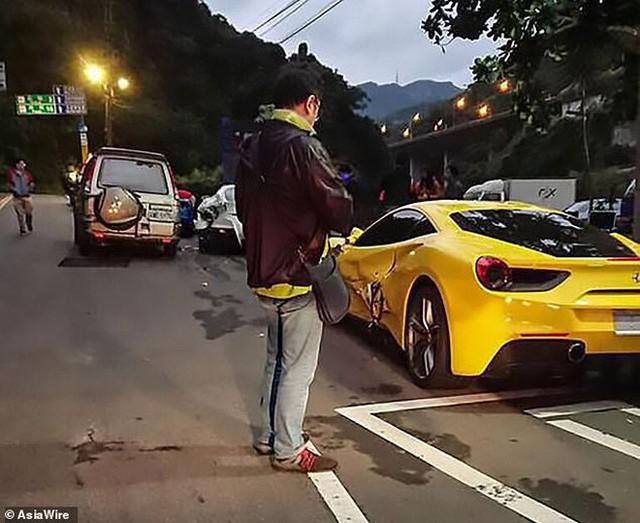 Thanh niên số nhọ đâm hỏng 3 chiếc Ferrari trong đêm, người dân quyên góp 600 triệu đồng giúp đỡ - Ảnh 4.