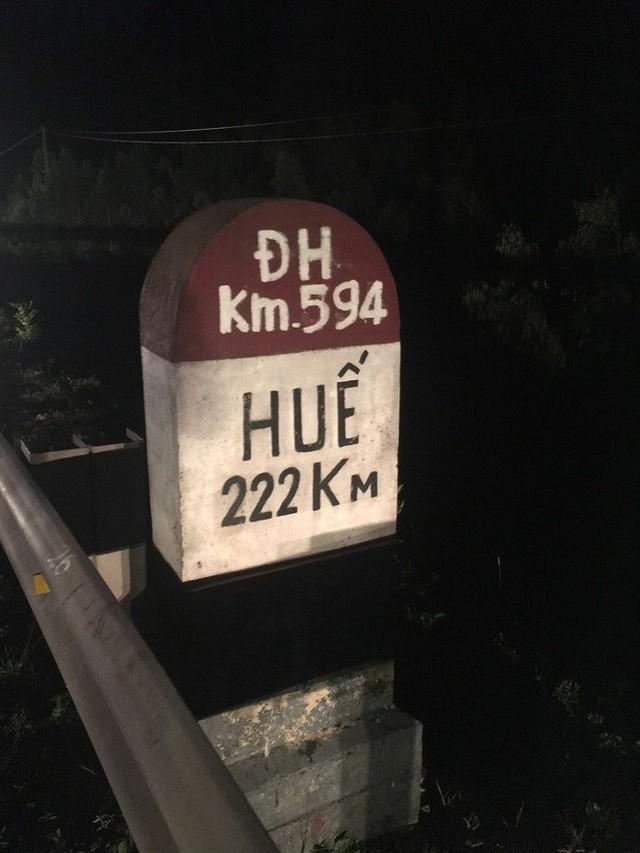 Gặp chàng sinh viên ngoại thương đi bộ từ FTU Hà Nội đến FTU TP.HCM: Mình dùng hết 9 lọ dầu gió suốt hành trình 62 ngày - Ảnh 7.