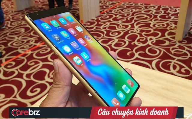 [Hồ sơ] Thị trường smartphone Việt 2018: Bphone 3 tái xuất ngoạn mục, Vingroup lấn sân, nhưng các đại gia ngoại mới là đội bao sân và năm sau càng bành trướng hơn năm trước - Ảnh 6.