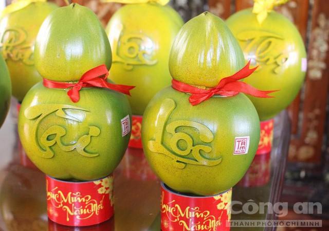Trái cây độc bán Tết giá bạc triệu mỗi cặp - Ảnh 14.