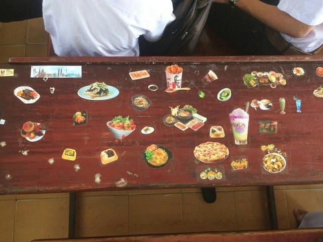 Rảnh tay vẽ giết thời gian, học sinh đã tạo nên siêu phẩm trên bàn tuyệt đỉnh thế này đây - Ảnh 9.