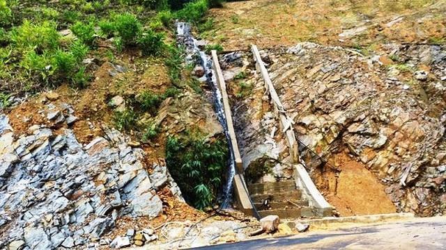 Nhìn gần cao tốc La Sơn - Túy Loan sắp hoàn thiện - Ảnh 11.