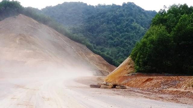 Nhìn gần cao tốc La Sơn - Túy Loan sắp hoàn thiện - Ảnh 10.