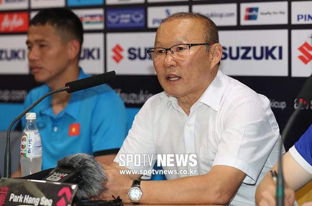 Báo Hàn Quốc bất ngờ trước sức hút của AFF Cup 2018 - Ảnh 1.