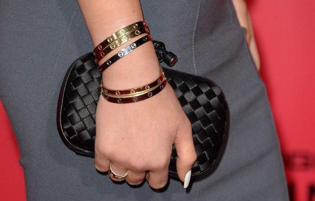 21 tuổi đã kiếm hàng ngàn tỷ đồng một năm, Kylie Jenner có cuộc sống sang chảnh và tài sản đáng ghen tị đến mức nào? - Ảnh 18.