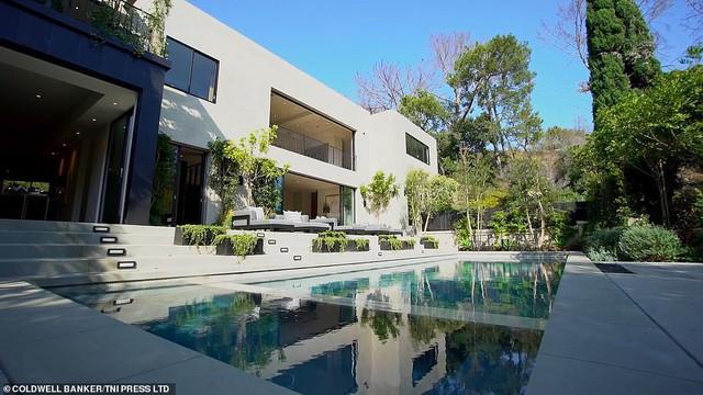 21 tuổi đã kiếm hàng ngàn tỷ đồng một năm, Kylie Jenner có cuộc sống sang chảnh và tài sản đáng ghen tị đến mức nào? - Ảnh 5.