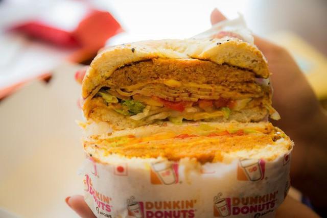Dunkin Donuts tại Ấn Độ: sự sụp đổ tất yếu và bài học về bản sắc của chuỗi fastfood top 8 thế giới - Ảnh 6.