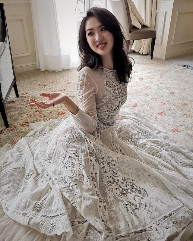 Con gái út ông trùm Huawei: Đã xinh đẹp còn học trường Harvard danh tiếng, mê viết code không kém gì ba lê và thời trang - Ảnh 1.