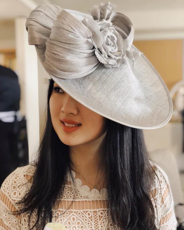 Con gái út ông trùm Huawei: Đã xinh đẹp còn học trường Harvard danh tiếng, mê viết code không kém gì ba lê và thời trang - Ảnh 9.