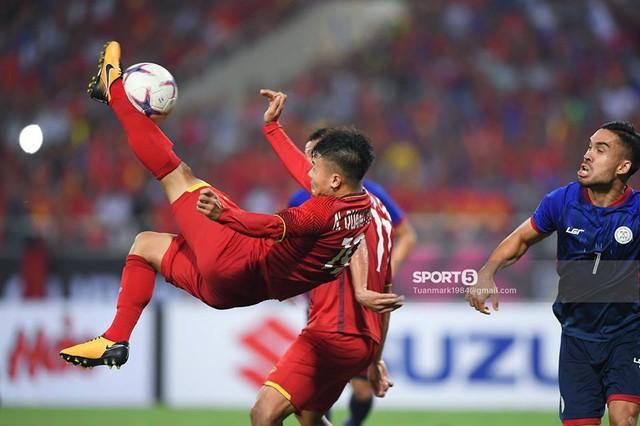 Lần đầu tiên trong lịch sử, một cầu thủ Việt Nam trở thành ứng viên của giải Cầu thủ hay nhất châu Á - Ảnh 1.