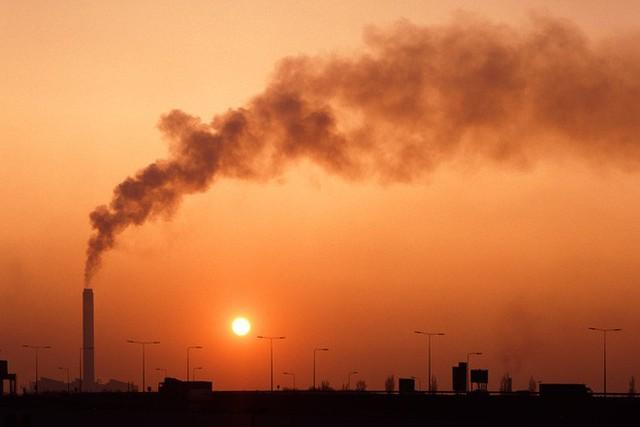 Liên minh châu Âu đặt mục tiêu cân bằng khí hậu vào năm 2050 - Ảnh 1.