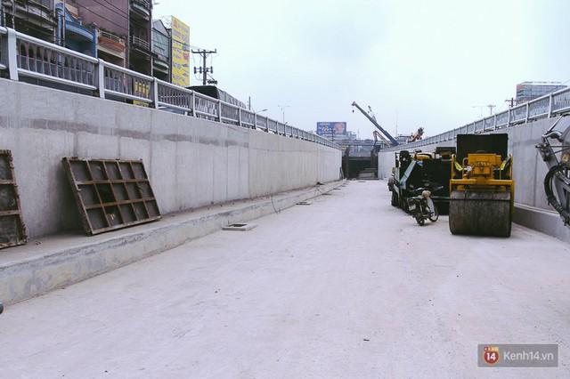 Cận cảnh hai nút giao thông 3 tầng đầu tiên ở Sài Gòn có tuổi thọ 100 năm, chịu được động đất cấp 7 - Ảnh 3.