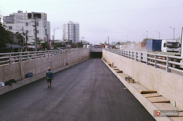Cận cảnh hai nút giao thông 3 tầng đầu tiên ở Sài Gòn có tuổi thọ 100 năm, chịu được động đất cấp 7 - Ảnh 8.