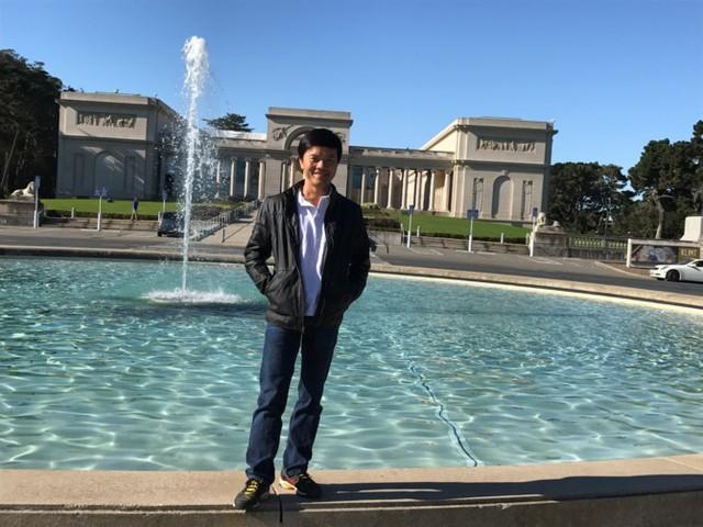"""[BizSTORY] CEO Real Time Robotics Inc: Từ cậu bé nhặt rác tới """"cha đẻ"""" Drone Việt - Ảnh 1."""