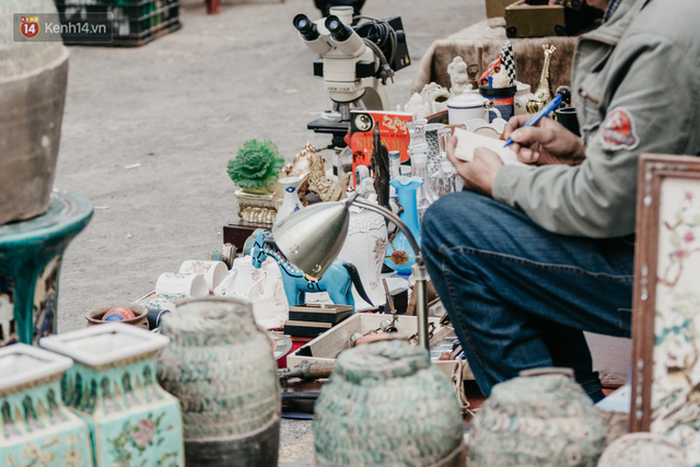 Chùm ảnh: Ghé thăm chợ hoa truyền thống lâu đời nhất Hà Nội - cả năm chỉ họp đúng một phiên duy nhất - Ảnh 17.