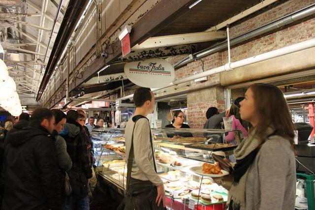 Cùng khám phá khu chợ thực phẩm trong tòa nhà 2 tỷ USD mới được Google mua lại - Ảnh 14.
