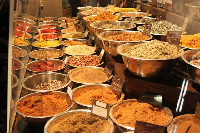 Cùng khám phá khu chợ thực phẩm trong tòa nhà 2 tỷ USD mới được Google mua lại - Ảnh 17.