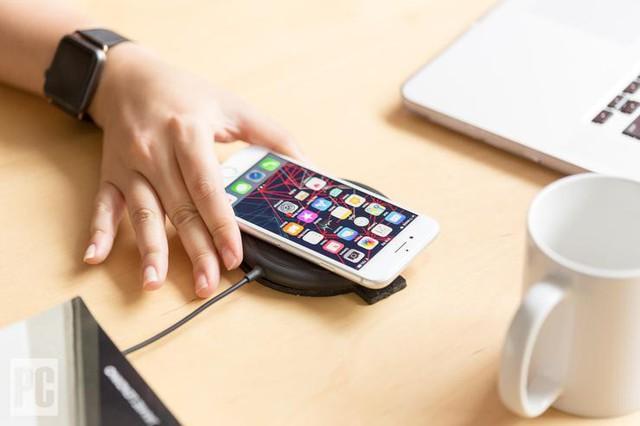 Vì sao Apple luôn bán ít iPhone hơn, công nghệ, tính năng đi sau người khác mà vẫn thành công? - Ảnh 3.