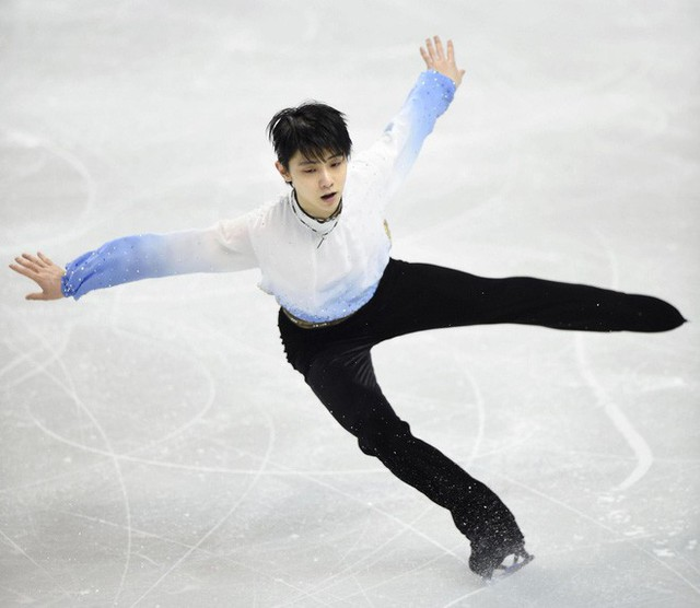 Động tác thần thánh của môn trượt băng nghệ thuật: phải nhìn bằng khoa học mới thấy hết được sự phi thường - Ảnh 3.