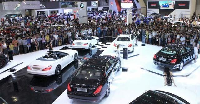Chính phủ sắp đối thoại với doanh nghiệp ôtô về khó khăn của Nghị định 116 - Ảnh 2.