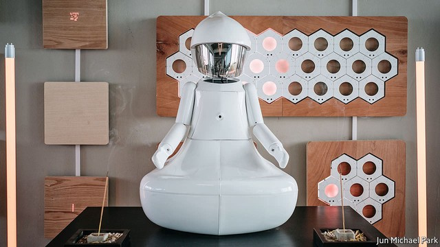 Nghề bói toán tại Hàn Quốc: Ngành kinh doanh 3,7 tỷ USD và sự tham gia của robot - Ảnh 2.