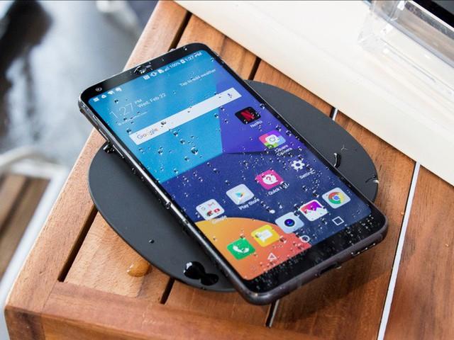 6 chiếc smartphone được trông đợi nhất nửa đầu năm 2018 - Ảnh 2.