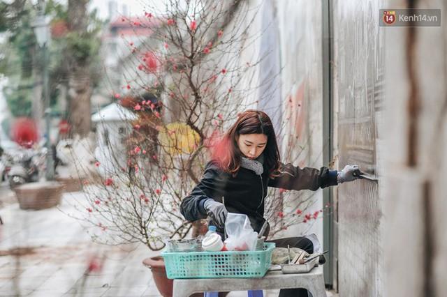 Phố bích họa Phùng Hưng hồi sinh, trở thành phố đi bộ kết nối với không gian chợ Đồng Xuân - Ảnh 6.