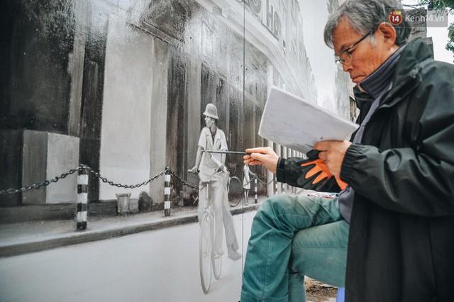 Phố bích họa Phùng Hưng hồi sinh, trở thành phố đi bộ kết nối với không gian chợ Đồng Xuân - Ảnh 7.