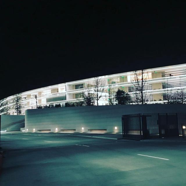 Chiêm ngưỡng ảnh chụp từ bên trong trụ sở 5 tỷ USD mới của Apple - Ảnh 16.