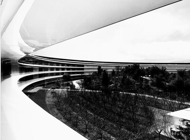 Chiêm ngưỡng ảnh chụp từ bên trong trụ sở 5 tỷ USD mới của Apple - Ảnh 17.