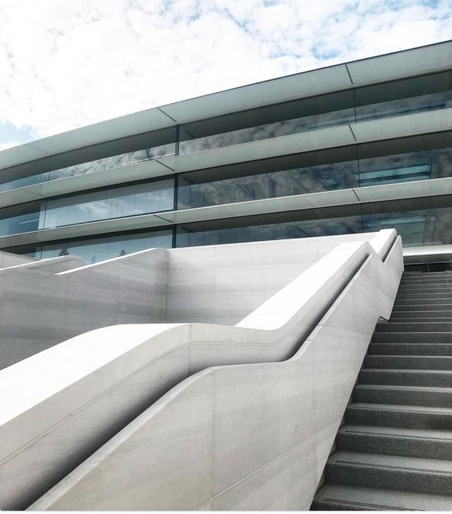 Chiêm ngưỡng ảnh chụp từ bên trong trụ sở 5 tỷ USD mới của Apple - Ảnh 19.
