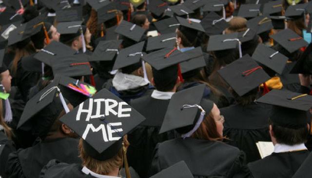Tốt nghiệp bằng giỏi ở trường đại học danh tiếng nhưng không được công ty nào tuyển dụng, cô gái ngã ngửa khi biết lí do... - Ảnh 1.