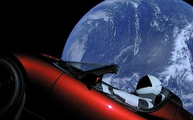 Công ty của Elon Musk vừa phóng thành công tên lửa mạnh nhất thế giới - Ảnh 2.