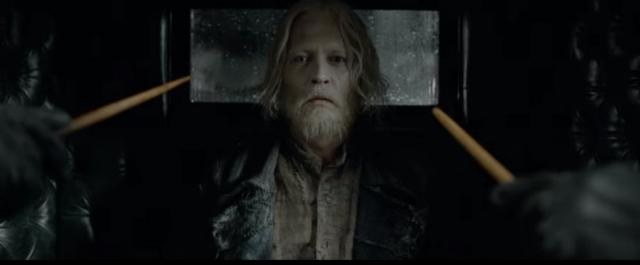 Fantastic Beasts 2 làm nức lòng người hâm mộ Harry Potter khi đưa thầy Dumbledore thời trẻ vào phim - Ảnh 3.
