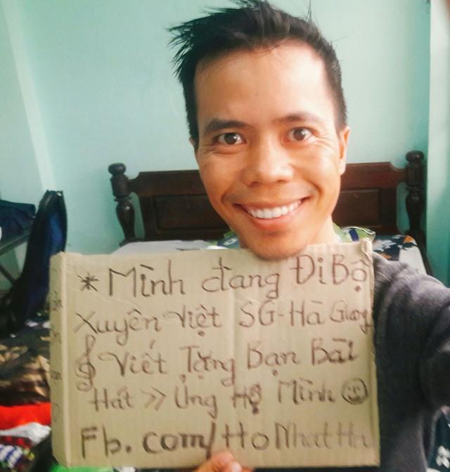 Chàng trai Phú Yên đi bộ xuyên Việt trong 113 ngày đêm chỉ với 100k và 1 cây đàn guitar - Ảnh 3.