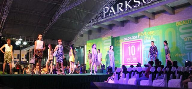 Chuyện buồn của 'gã cứng đầu' Parkson: 'Những tháng năm rực rỡ' của mô hình Department Store và sự soán ngôi của các Shopping Mall - Ảnh 1.