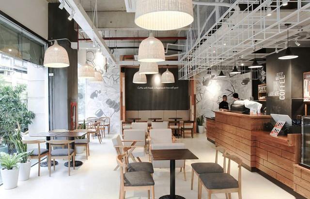 Chuyện mở quán của The Coffee House: Đo ni chiều cao từng chiếc bàn chiếc ghế, đập bỏ toàn bộ thiết kế 2 tỷ đồng để tìm ra mô hình quán mà khách hàng thấy thoải mái nhất - Ảnh 3.