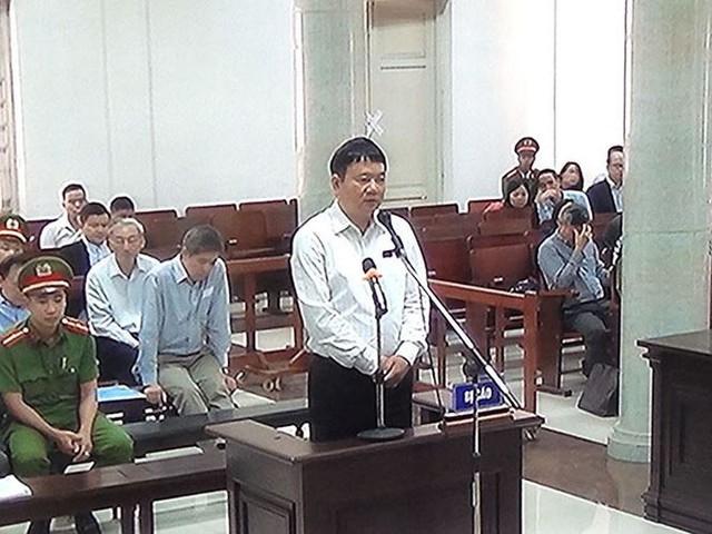 Ông Đinh La Thăng bị đề nghị 18-19 năm tù giam  Pháp luật - Ảnh 1.