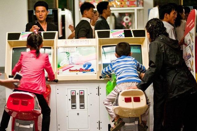 Hình ảnh chân thật và sinh động về cuộc sống đời thường ở Triều Tiên - Ảnh 3.