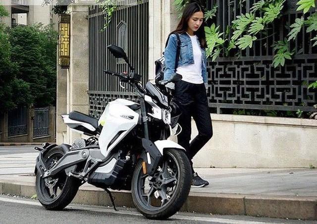 Người Trung Quốc làm mô tô điện giá dưới 68 triệu - Ảnh 1.