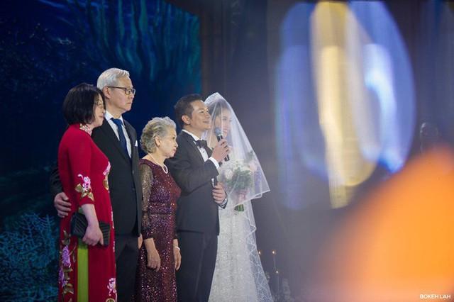 Cận cảnh đám cưới kỳ công xanh màu đại dương của Shark Hưng và cô dâu Á hậu - Ảnh 14.